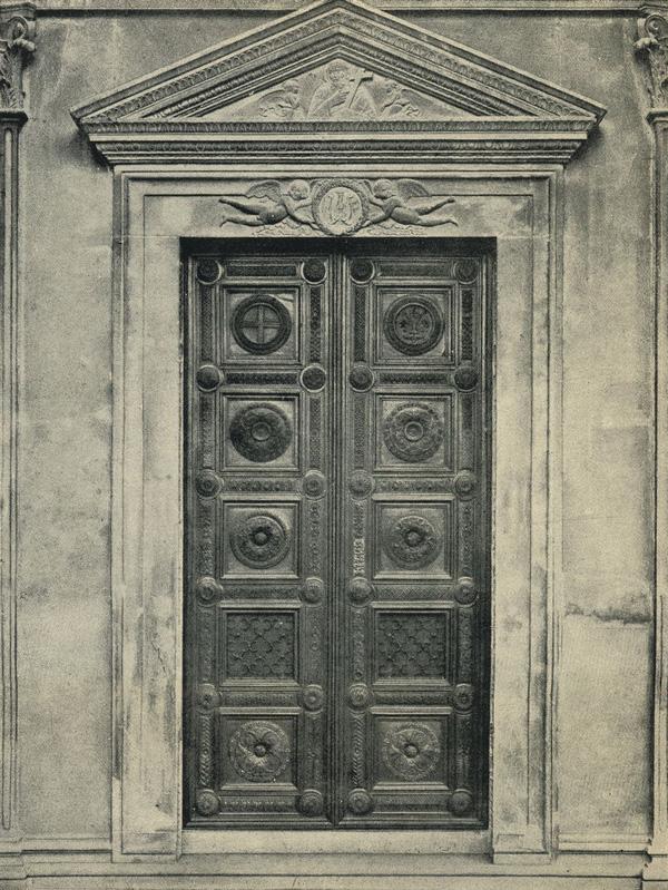 Флоренция дверной проем в часовню