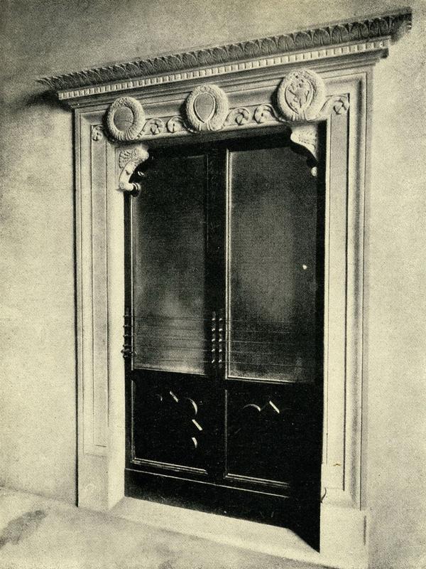 Сиена дверной проем в палаццо публико