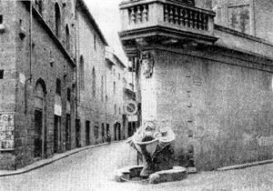 Архитектура эпохи Возрождения в Италии: Флоренция. Буонталенти. Фонтан на углу виа Борго Сант Якопо
